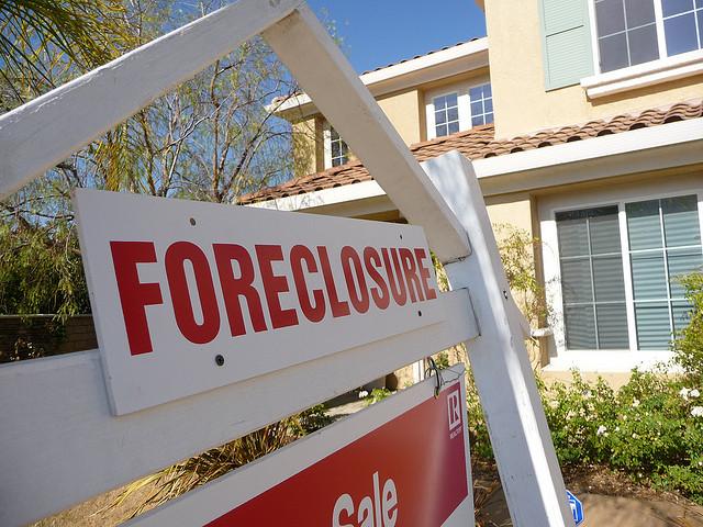 mortgage default foreclosure